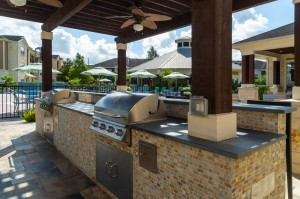 Apartments in Katy, TX - Covered Outdoor Grilling Area